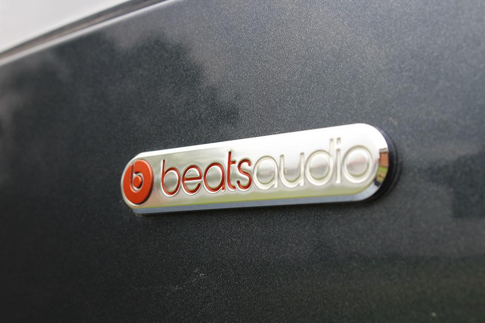 Seat Arona Beats