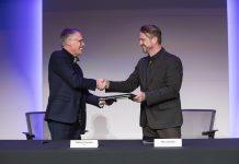 Carlos Tavares y Mike Manley, driectores ejecutivos de PSA Groupe y FCA